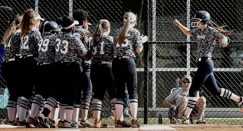 Read more about the article Woodland softball faces tough task at Whitewater